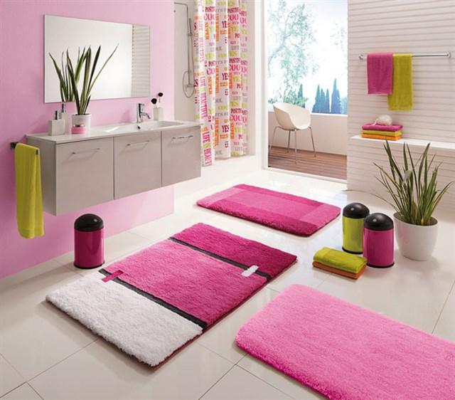 коврик в ванной комнате