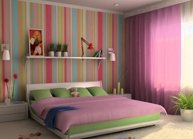 Зрительное увеличение высоты комнаты при помощи вертикальных полос на обоях