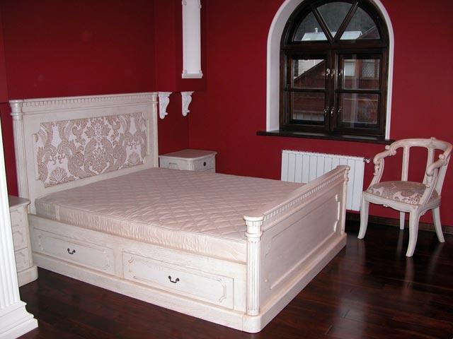 Кровать с ящичками