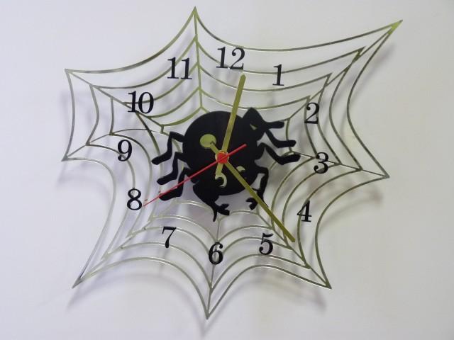 настенные часы для детской