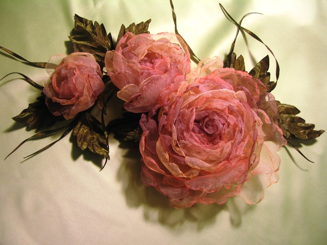 Цветы из ткани своими руками фото