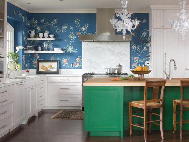 синий в кухне