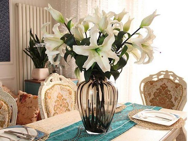 силиконовые цветы по сезону – смотрятся очень гармонично