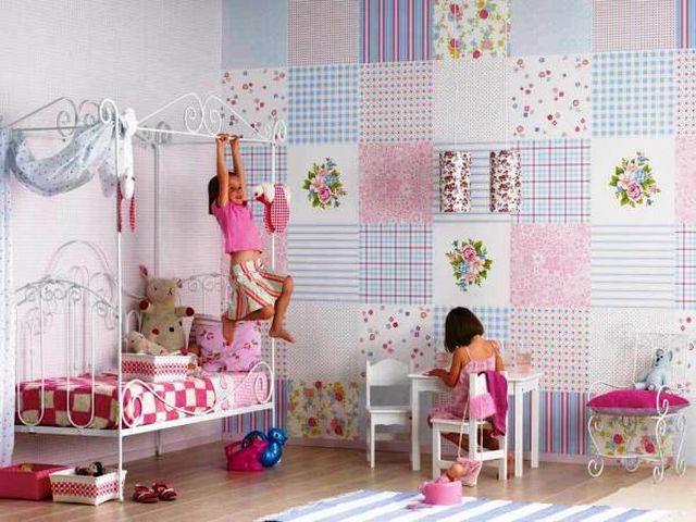 оклейка стен лоскутами в детской