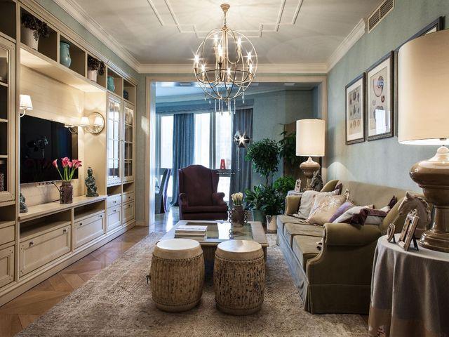 попробуйте украсить гостиную ковром цвета тауп