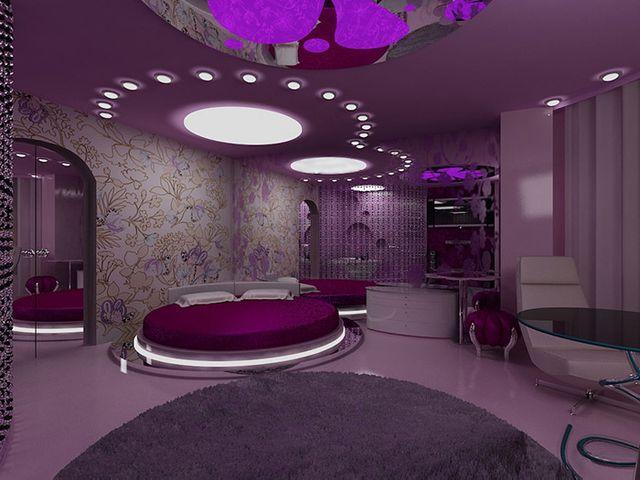 лиловый шелк украсит интерьер комнаты