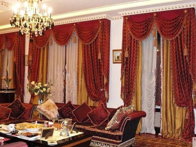 пышные шторы в стиле барокко