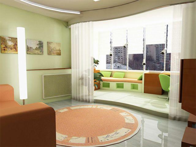 Зал соеденен сбалконом и окномфото.