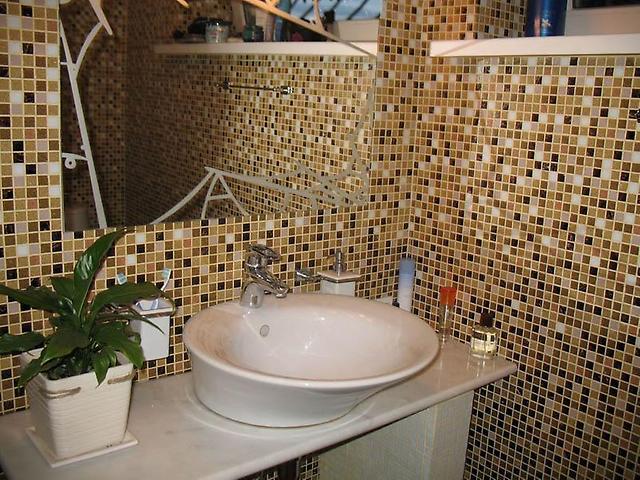 мозаика в интерьере ванной