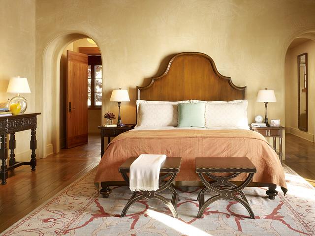 лаконичная спальня в средиземноморском стиле
