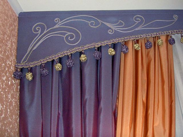 полосатые шторы с бахромой