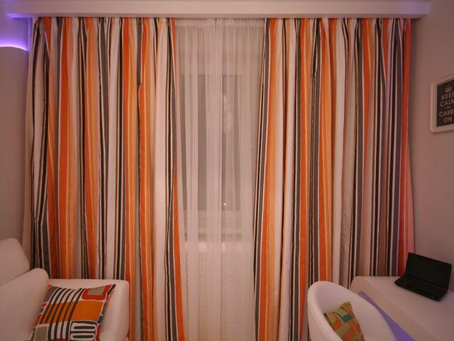 шторы с горизонтальными полосами