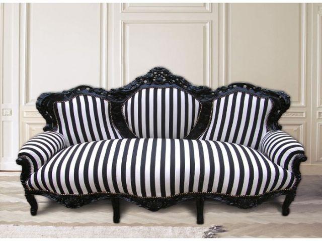 полосатый диван – визитная карточка барокко