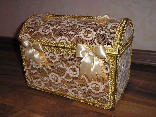 сундук для хранения вещей в арабском стиле