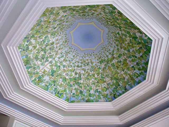 оригинальный рисунок на потолке