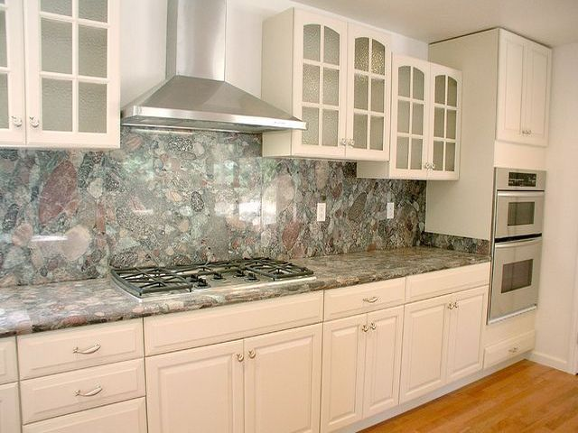 кухонная столешница из искусственного мрамора