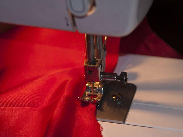 процесс пошива тканевых жалюзи