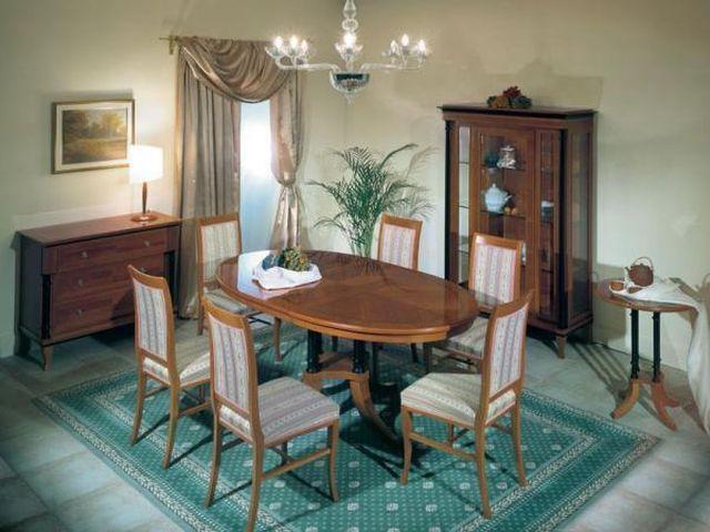 полосатая мебель в стиле бидермейер