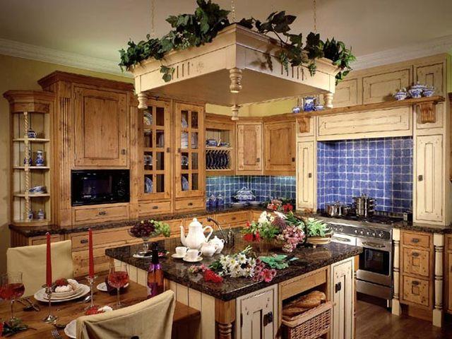 Деревенский интерьер кухни