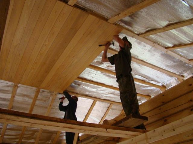 процесс создания потолка из вагонки