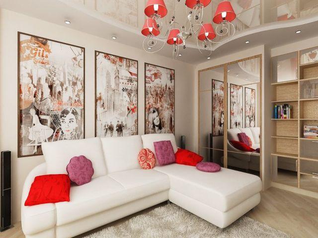 картины на однотонной стене в гостиной