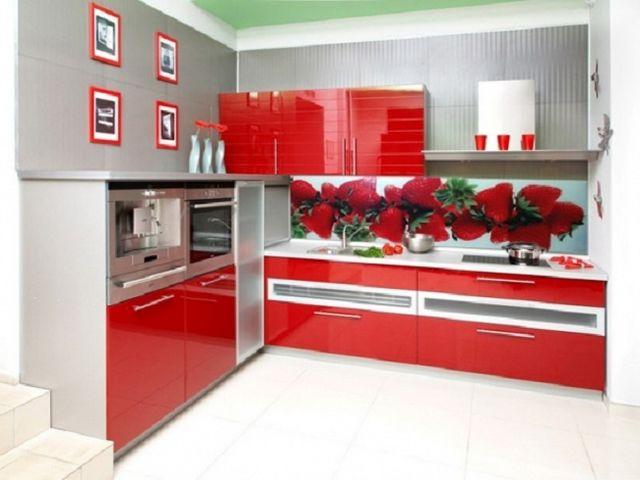 кухонные фасады, оклеенные пленкой ПВХ
