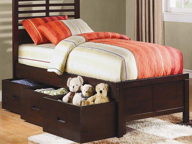 детская кровать с выдвижными ящиками