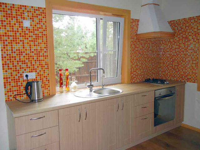 линейный кухонный гарнитур