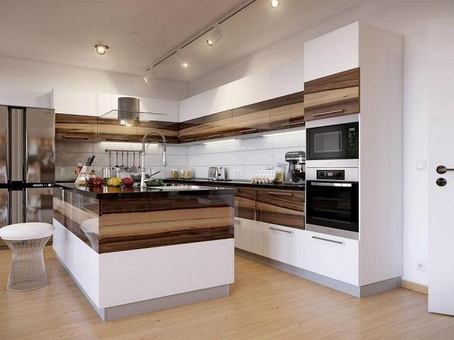 большая и комфортная рабочая поверхность на кухне