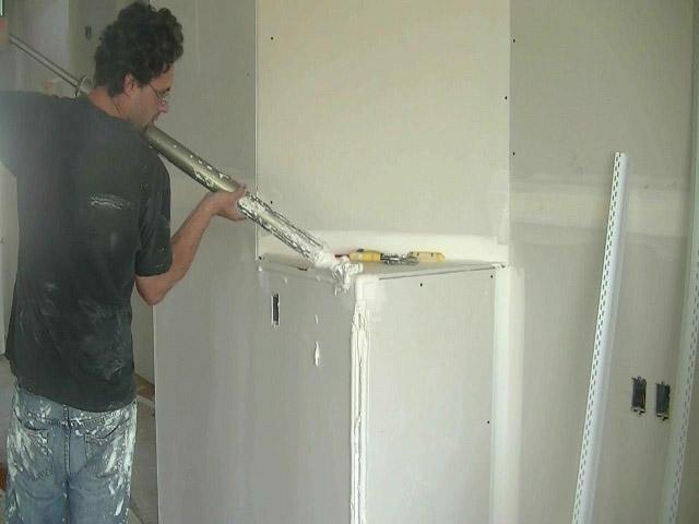процесс ремонта на кухне