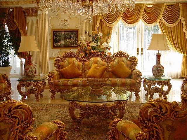 Красивая гостиная барокко