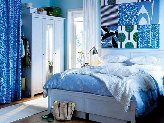 дизайн спальни в бело-голубом