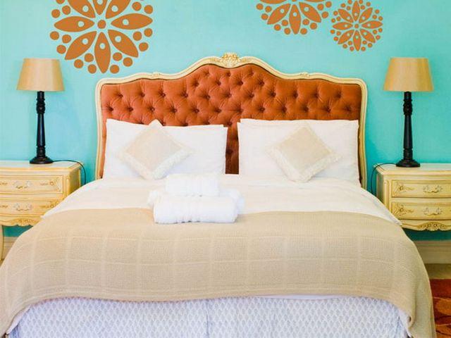 сочетание бирюзового и оранжевого цветов