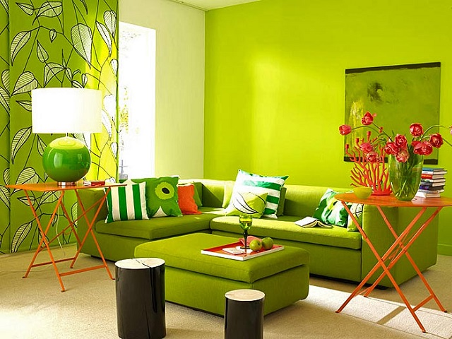 Зелёные тона в зале
