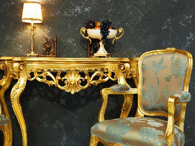 стена, покрытая венецианской штукатуркой