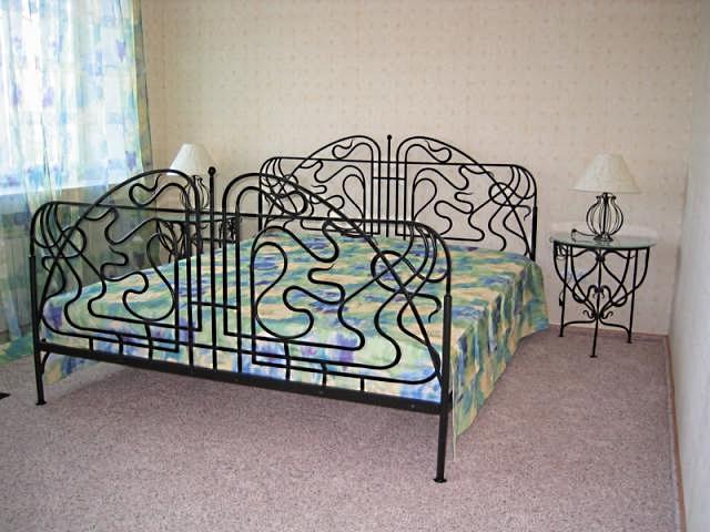 Кровать для спальни – основной элемент, формирующий пространство