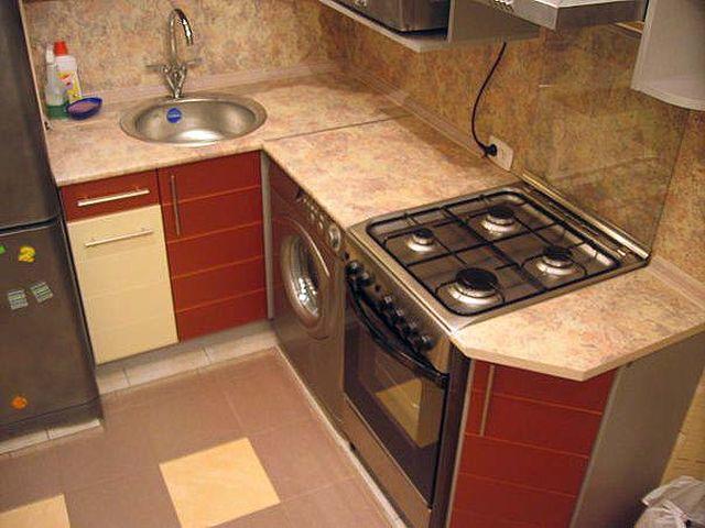 крохотная кухня до ремонта