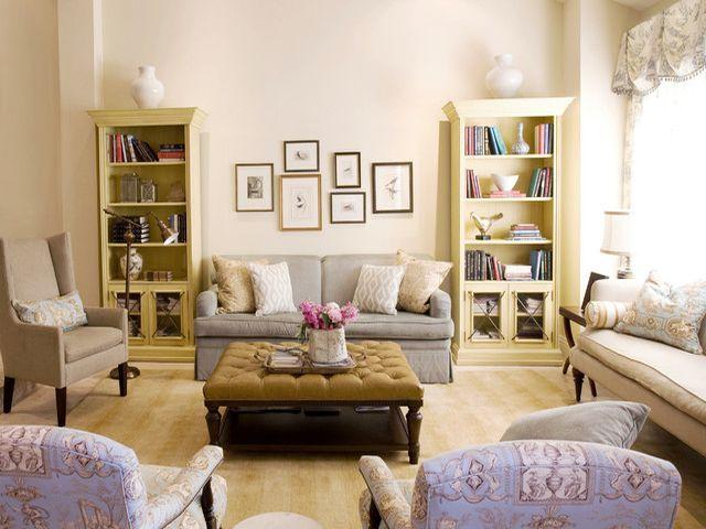 Различные предметы мебели во французском интерьере