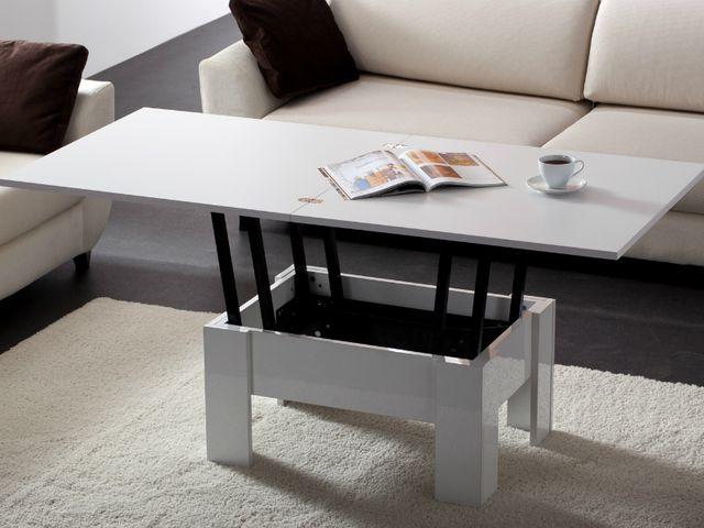 Журнальный столик в виде трапеции в минималистическом интерьере