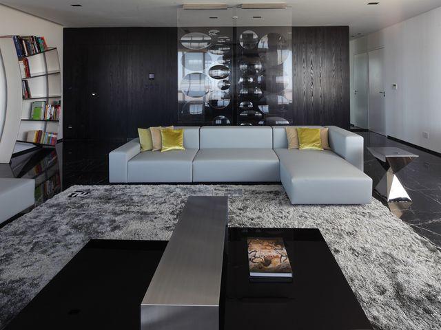 стиль хай тек в просторной гостиной
