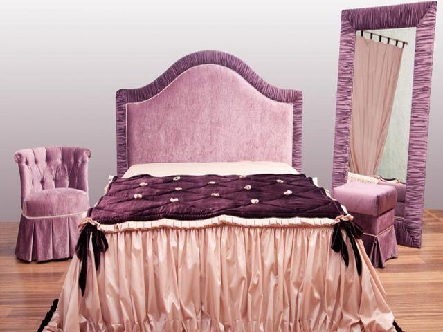 драпировка в изголовье кровати