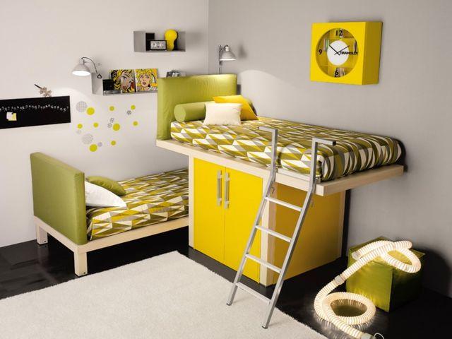 Очень маленькая, но уютная детская комната