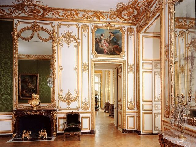 зеркала в дворцовом стиле