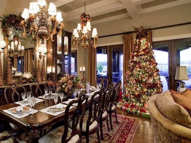 красиво декорированная к новому году комната