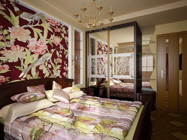 Зеркала в интерьере спальни 3 на 3
