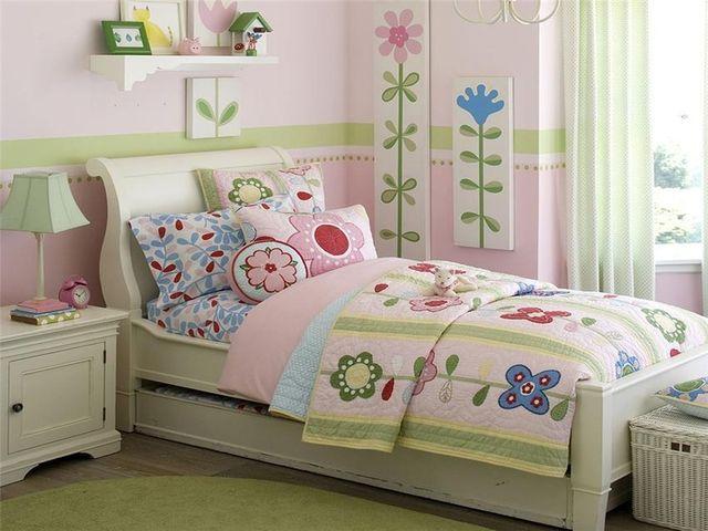 детская кроватка в стиле пэчворк