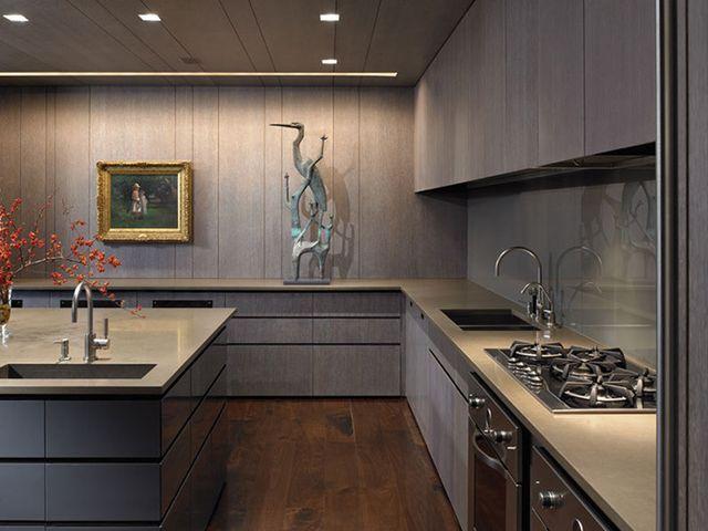 небольшая кухня в минималистичном стиле