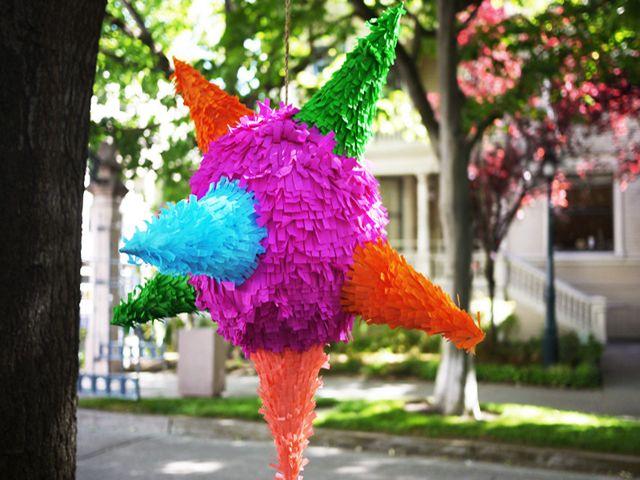 красивая пиньята для дня рождения