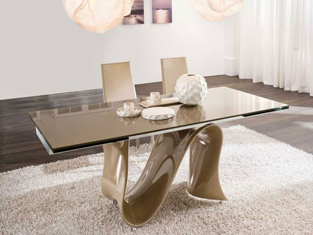 стеклянный столик из матового стекла