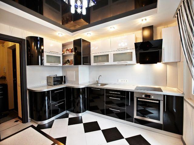 кухонный гарнитур с вентиляционным коробом